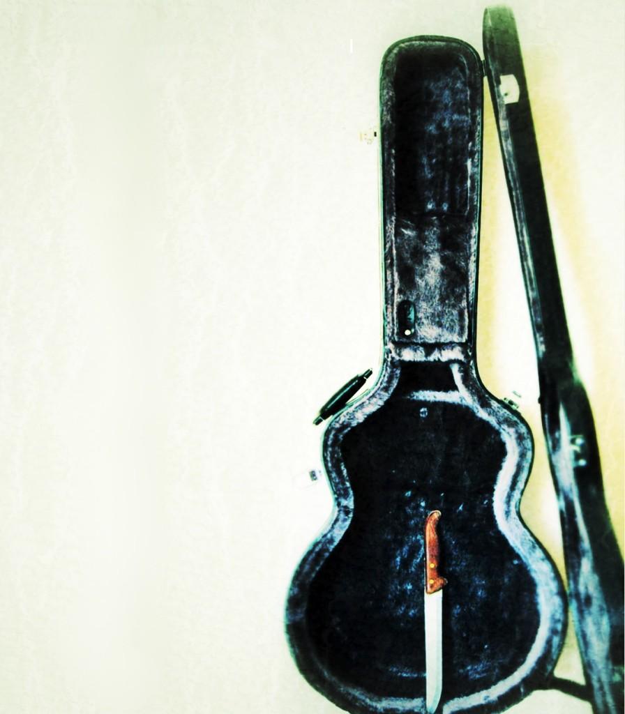 knife bag guitar inst