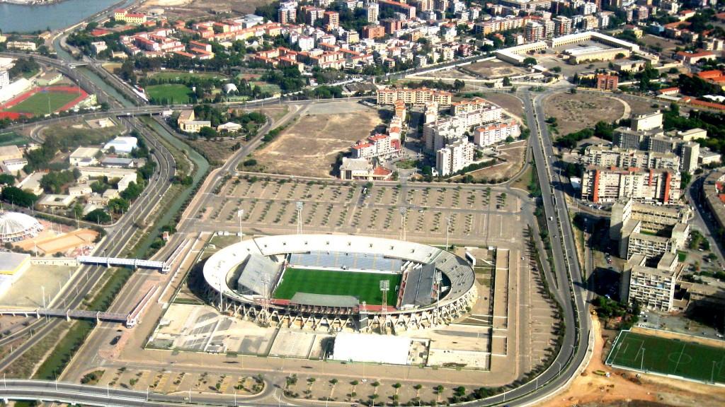 Stadio_Sant'Elia_-Cagliari_-Italy-23Oct2008