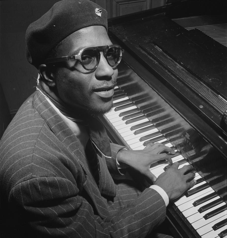Thelonious_Monk,_Minton's_Playhouse,_New_York,_N.Y.,_ca._Sept._1947_(William_P._Gottlieb_06191)